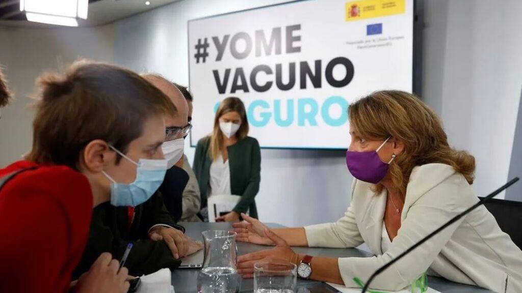 El Gobierno explica su plan para bajar la luz de los españoles tras un verano con la tarifa por las nubes