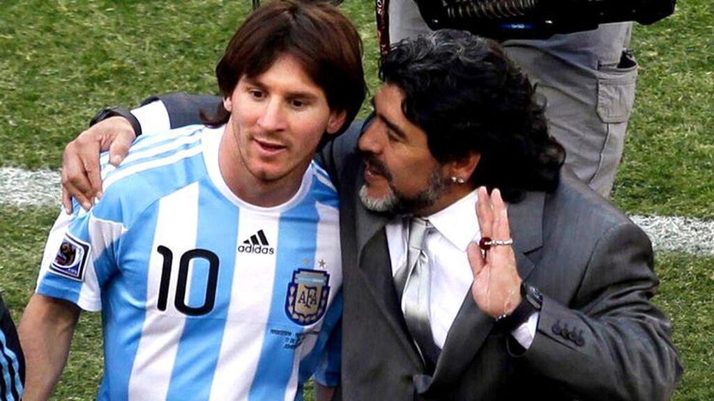 """Las palabras que Maradona dejó sobre Messi y  su mala salida del Barça: """"No te agradecen nada"""""""