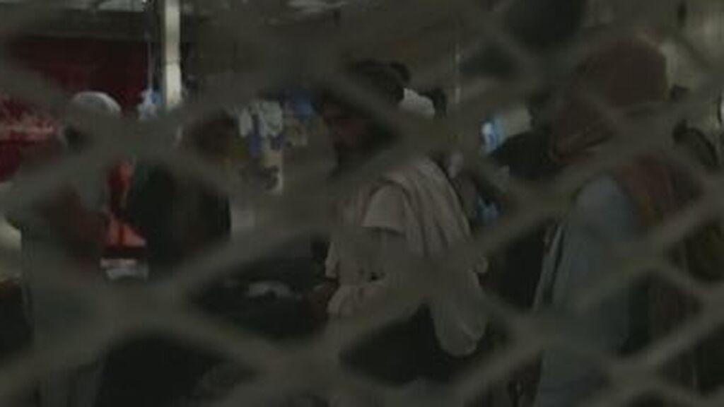 Los talibanes se pasean por la cárcel de Bagram, conocida como el 'Guantánamo de Afganistán'