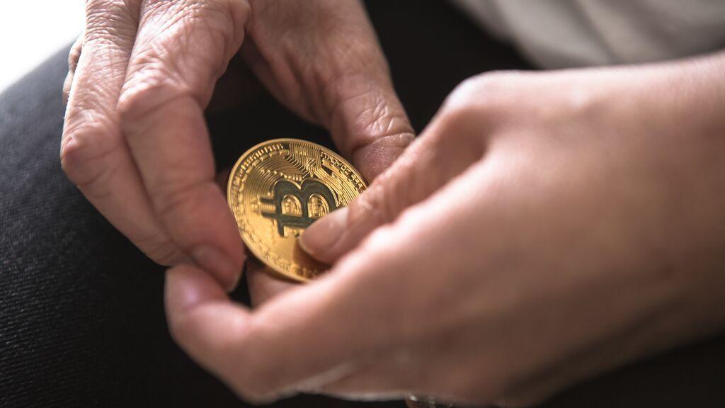 Pensiones, vivienda y banca: tres expertos en criptomonedas explican cómo te influyen ya en tu día a día (y su evolución en 10 años)