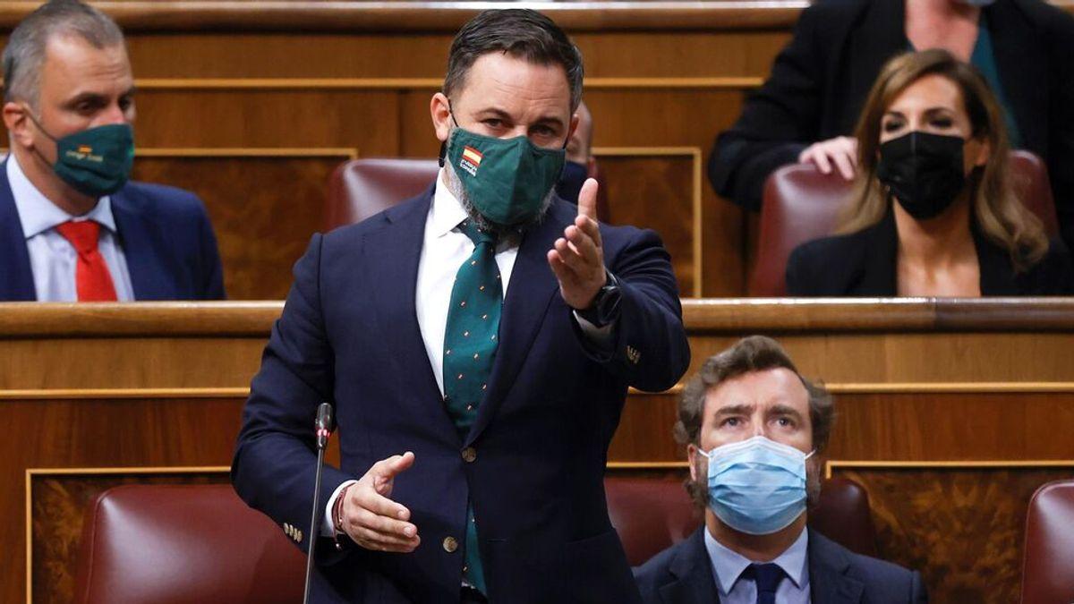 """Sánchez defiende el diálogo y Abascal le acusa de pactar con los """"enemigos"""" de España: """"Lárguese ya"""""""