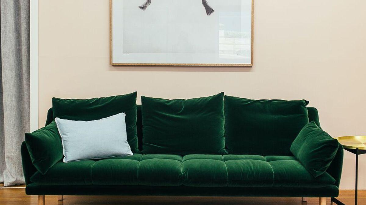 Cómo limpiar el sofá: trucos para dejarlo como nuevo