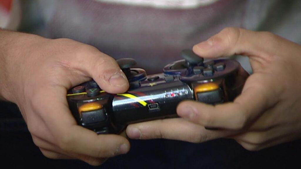 El menor enganchado a Fortnite se conectaba 20 horas al día al videojuego