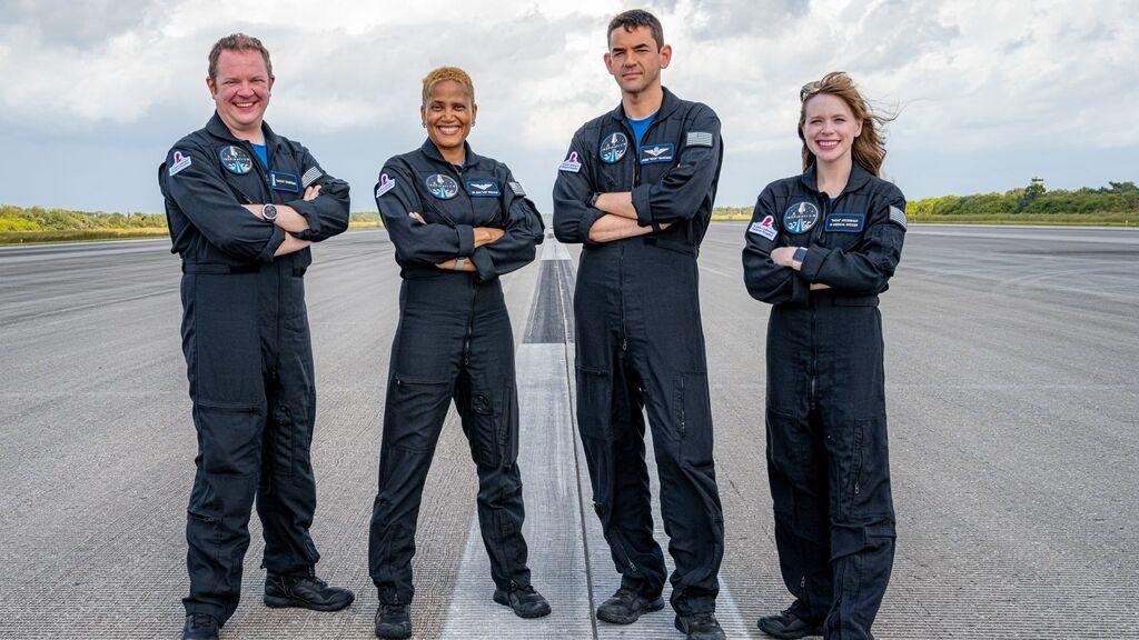Los turistas espaciales de Space X