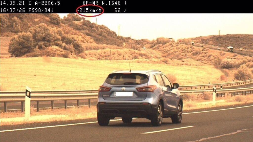 Denunciada una mujer que conducía a 215 kilómetros por hora en Lleida