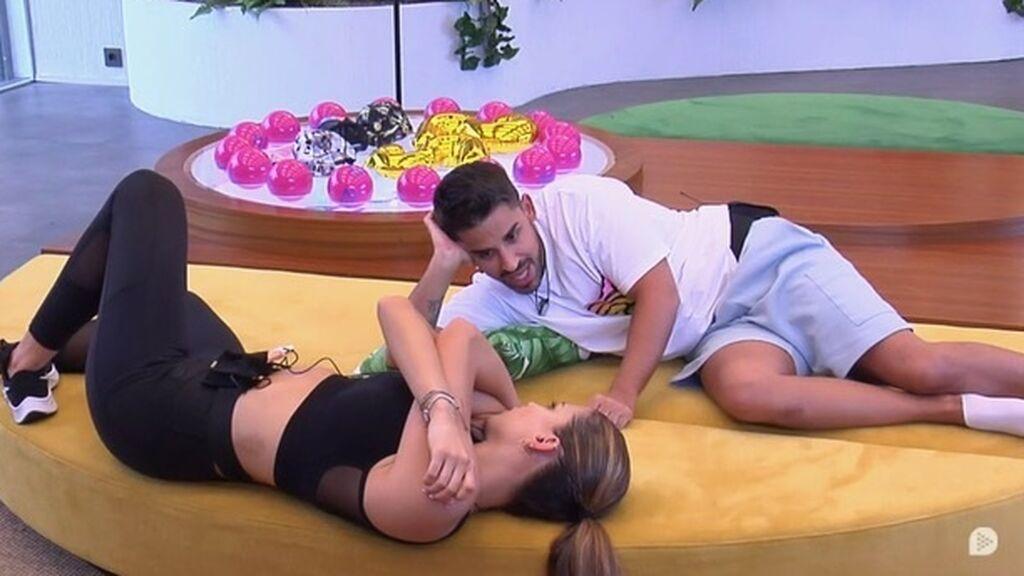 Miguel y Sandra crean su estrategia