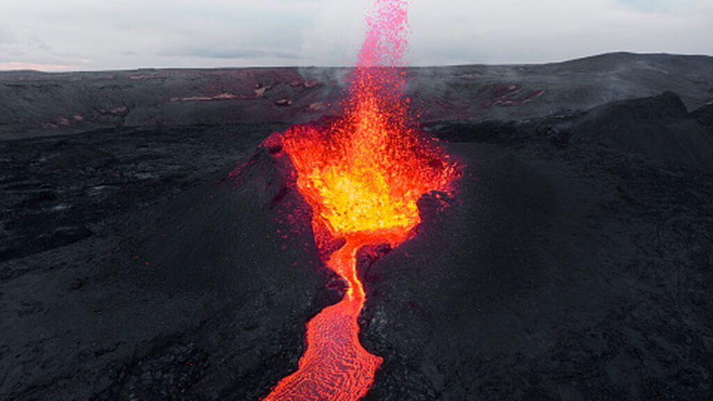 Cómo debe actuar la población en caso de riesgo volcánico