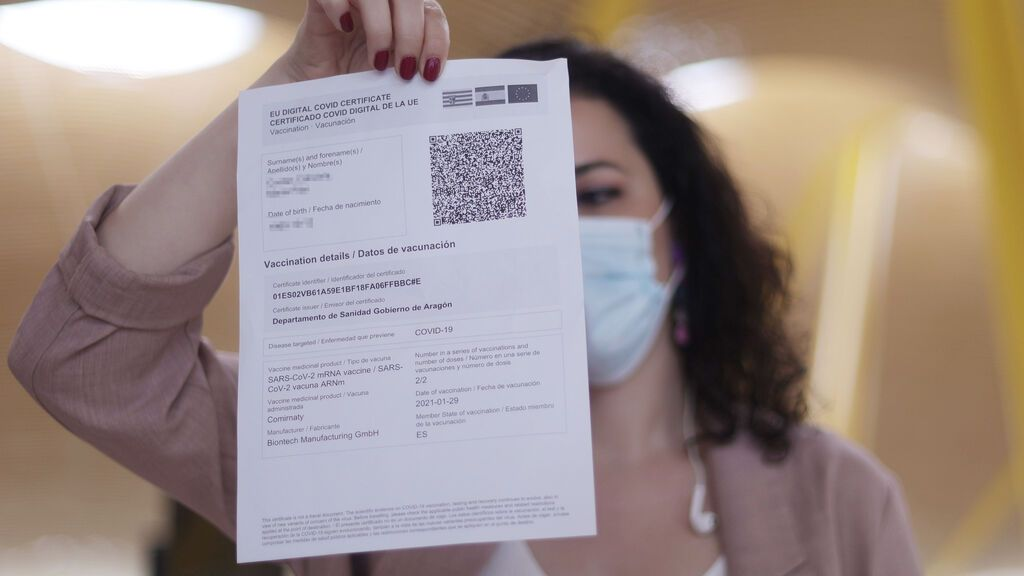 Cataluña abre la puerta a aplicar el pasaporte covid cuando haya repuntes