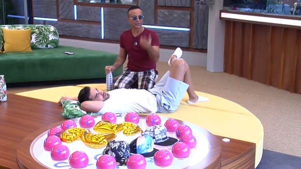 Rollán y Miguel, en el salón