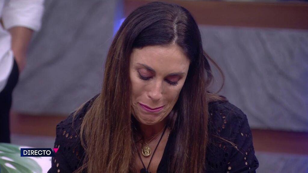 """Isabel Rábago se hunde y rompe a llorar: """"Me duele que se pretenda dar una imagen de mí que no es"""""""
