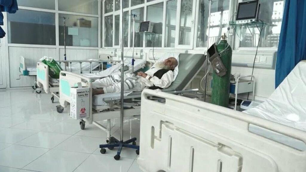 Preocupación en hospitales de Kabul por la covid y la falta de suministros