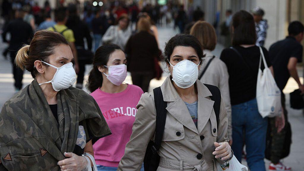 La mayoría de los españoles cree que la pandemia mejora pero ve la normalidad más lejos