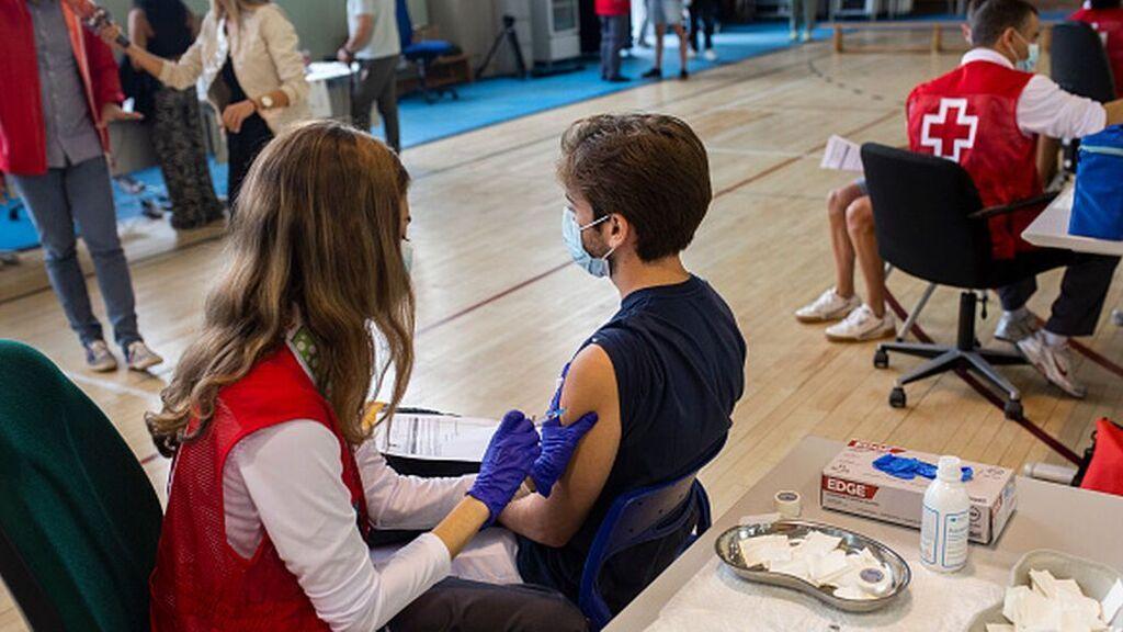 Tres de cada cuatro españoles ya tienen la pauta completa de la vacuna contra el coronavirus