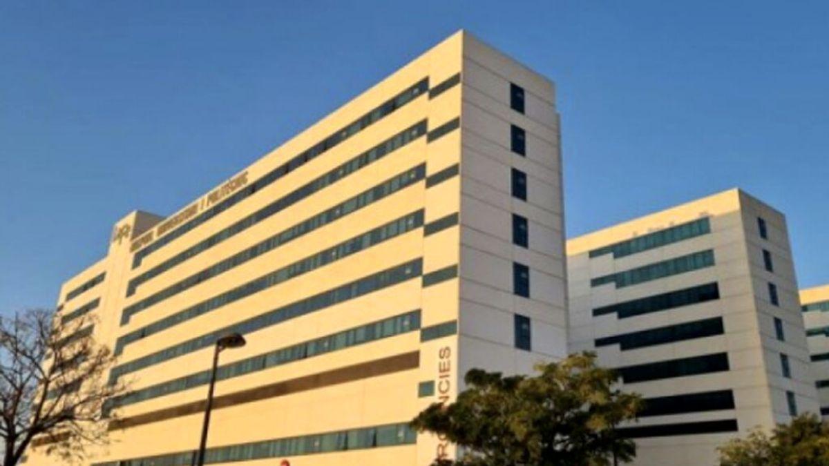 Una embarazada negacionista se niega a llevar mascarilla en su parto en el Hospital de La Fe de Valencia