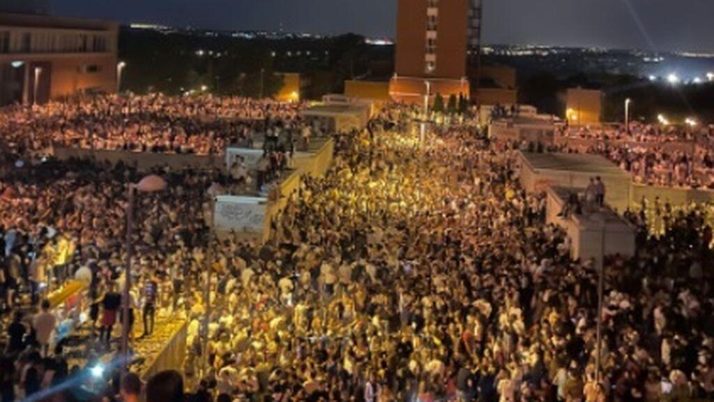 Un macrobotellón congrega a cerca de 25.000 personas en Ciudad Universitaria de Madrid