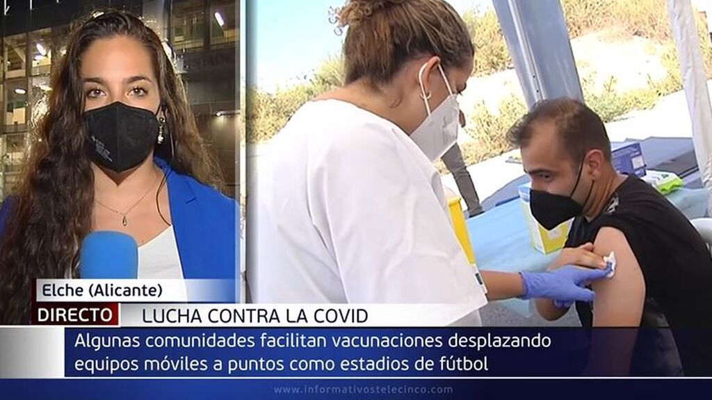 La Comunidad Valenciana vacuna sin cita antes del partido Elche-Levante, la mayoría a personas de 20-40 años