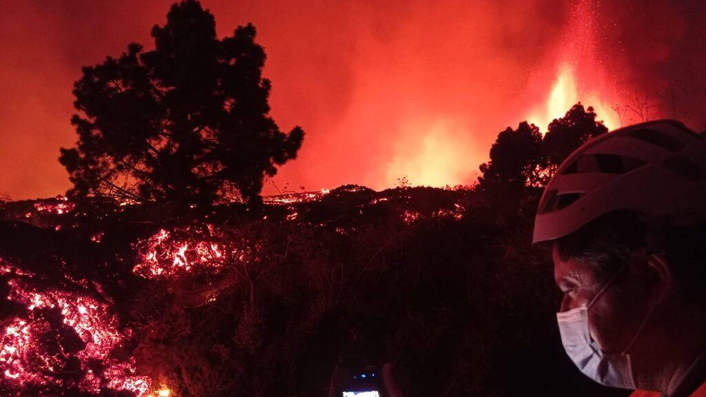 Se inicia la evacuación de 5.000 personas en La Palma y recomiendan protegerse de las cenizas
