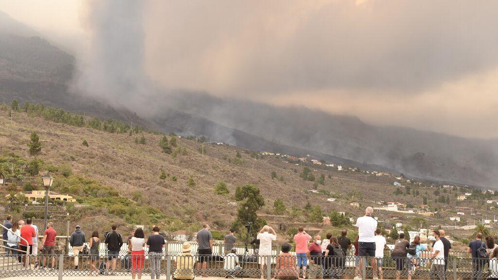 El rugido del volcán, lo que más impresiona a los vecinos en La Palma: se oye a decenas de kilómetros