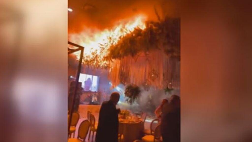 Pánico entre los invitados de una boda por unos petardos que provocaron un incendio en pleno baile