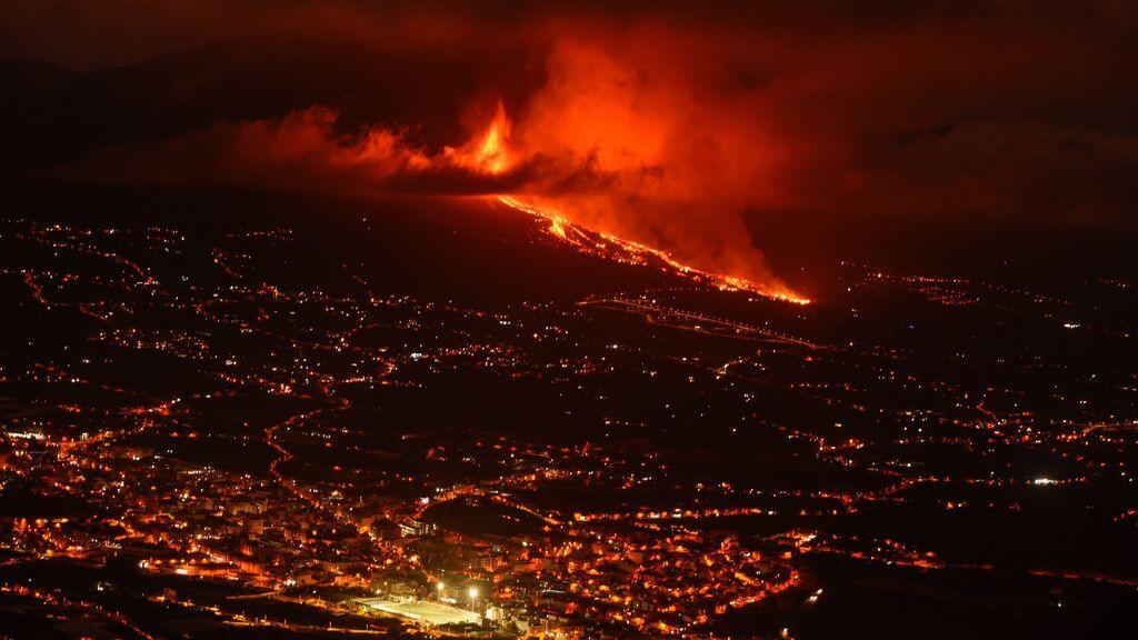 La UME se une al operativo de evacuación tras la erupción del volcán de La Palma