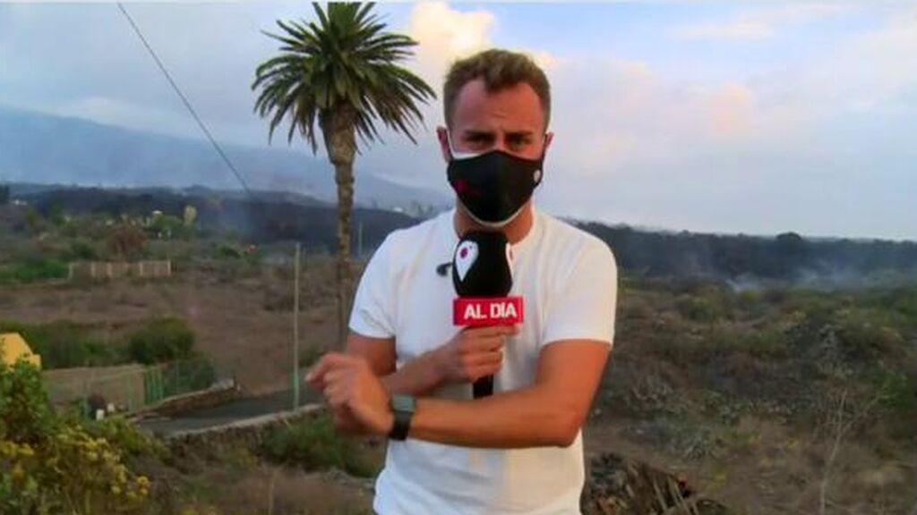 Reportero huye de un tornado