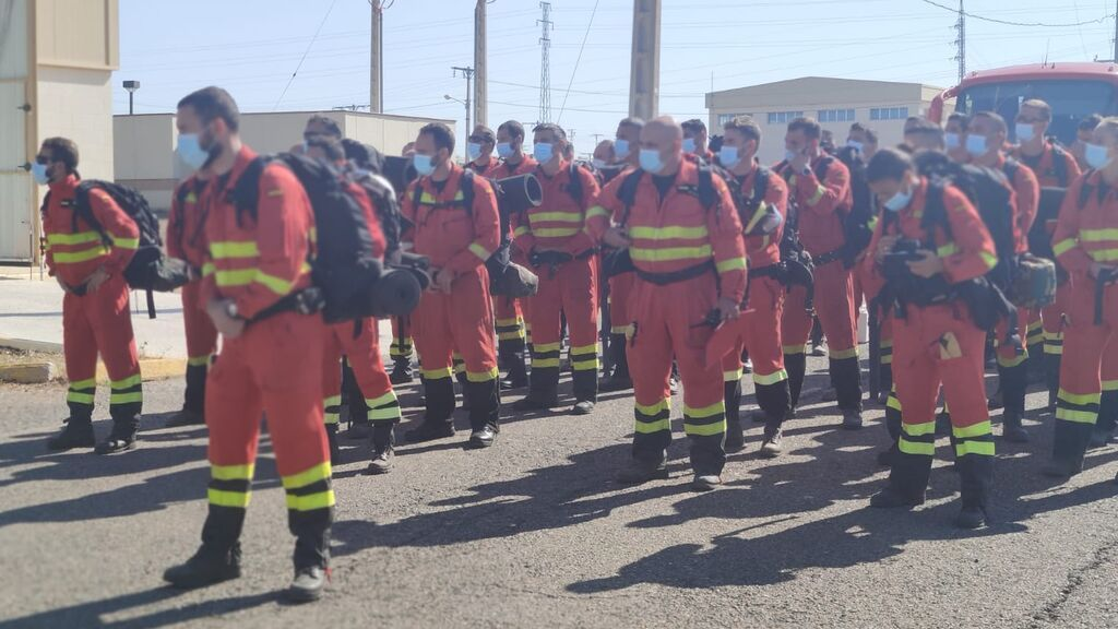 Más de medio centenar de efectivos de la UME en Morón parten hacia La Palma