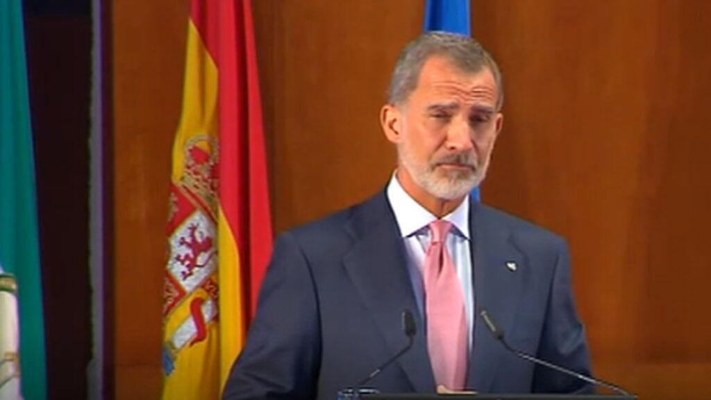 El Rey elogia a los científicos y pide ánimo a los afectados por el volcán de La Palma