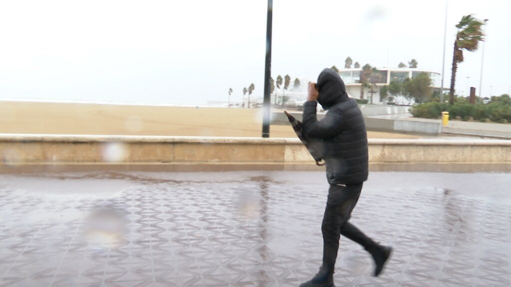 Llega una Dana a España: aviso naranja por tormentas muy fuertes en el Mediterráneo