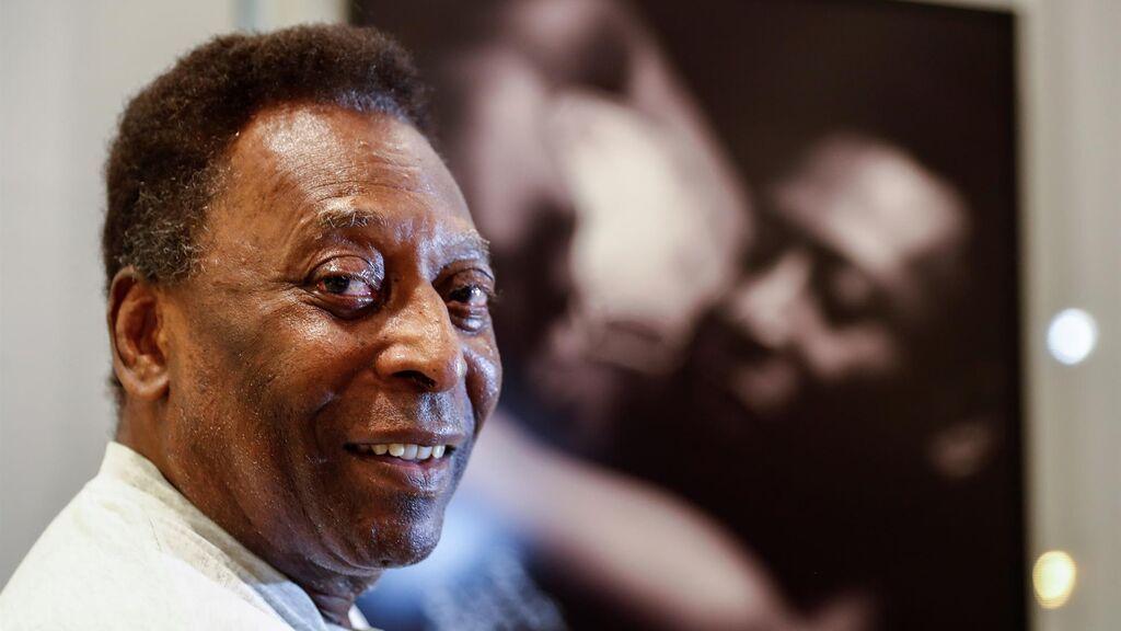 """Pelé, tras ser operado de un tumor: """"Cada día estoy un poco mejor"""""""