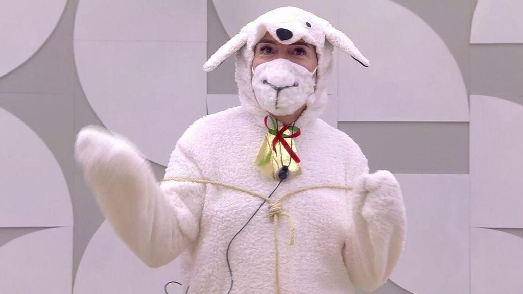 El Maestro Joao sorprende a todos y aparece disfrazado de oveja en la casa de Guadalix