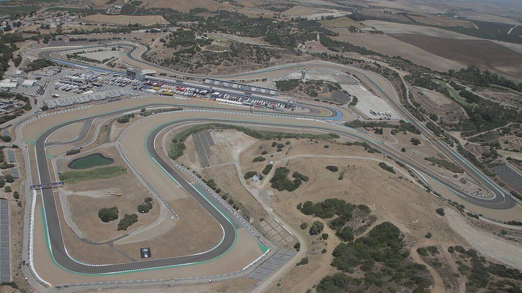A toda mecha: estos son los mejores circuitos en España para no mirar la velocidad