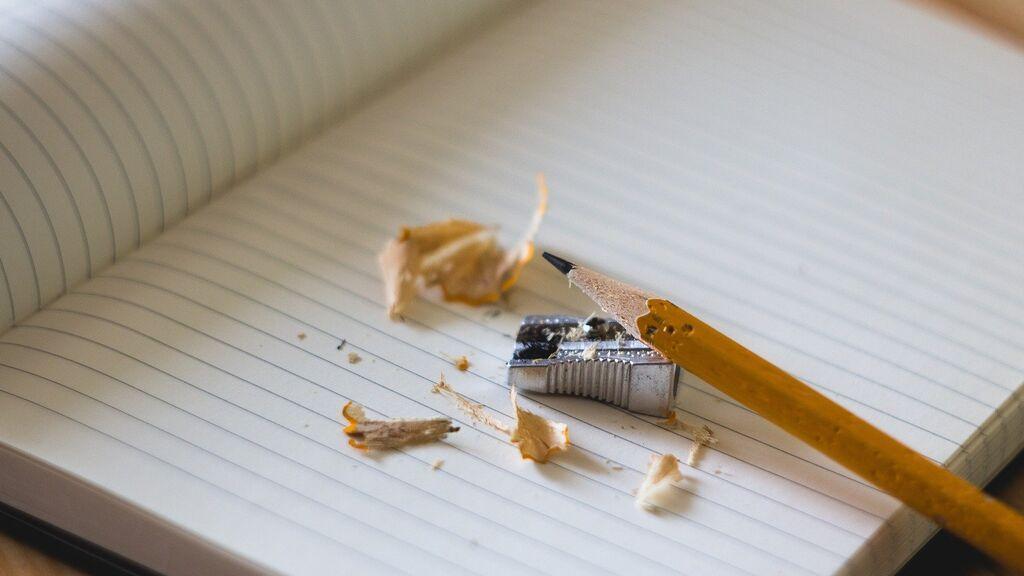 Datos objetivos y nada de opiniones: claves para escribir un texto expositivo