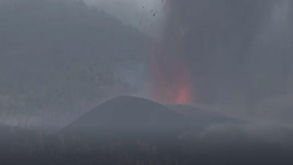 El volcán de La Palma entra en una fase explosiva