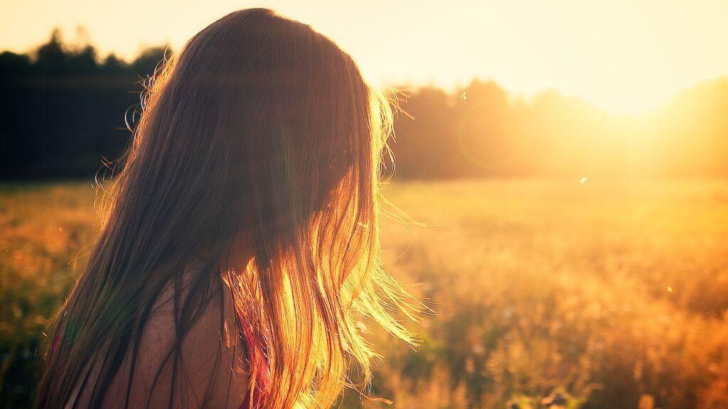 ¿Se te cae el pelo en otoño? La nutricosmética es tu aliada