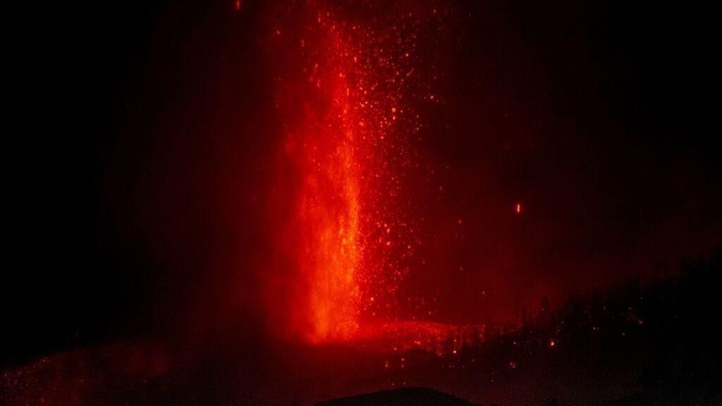 El volcán de La Palma entra en fase explosiva