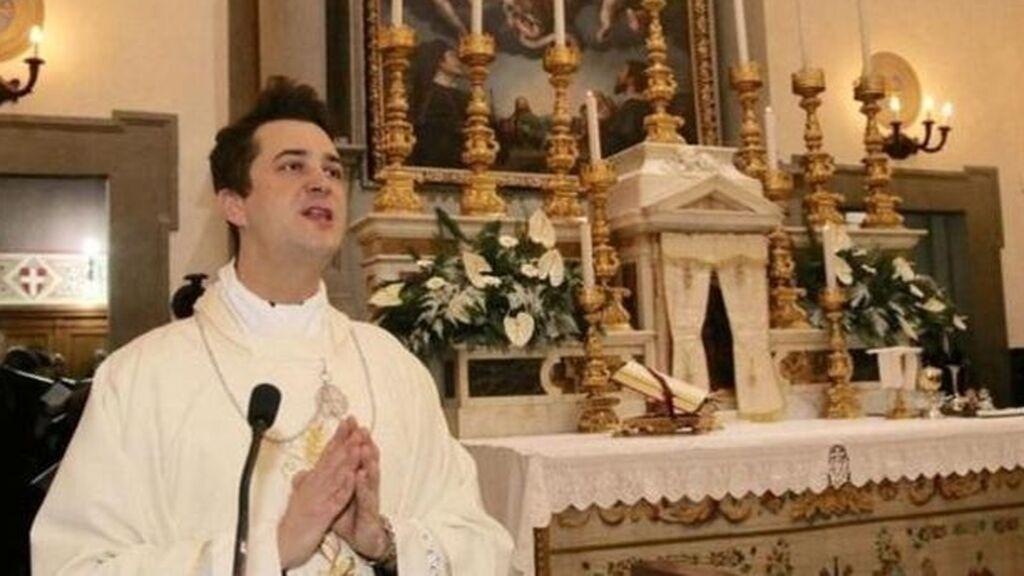 Detenido un sacerdote en Italia por traficar con drogas y organizar fiestas sexuales clandestinas