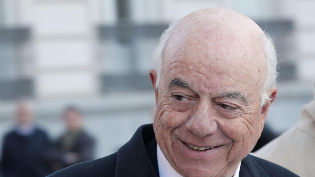 El juez del caso Villarejo mantiene imputado a Francisco González por los encargos pagados por el BBVA
