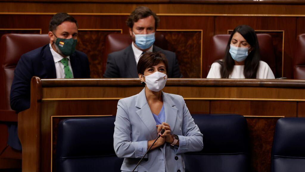 """""""Comunista"""" y  """"deje la Inquisición"""", el choque entre Macarena Olona (Vox) y la ministra portavoz, Isabel Rodríguez"""