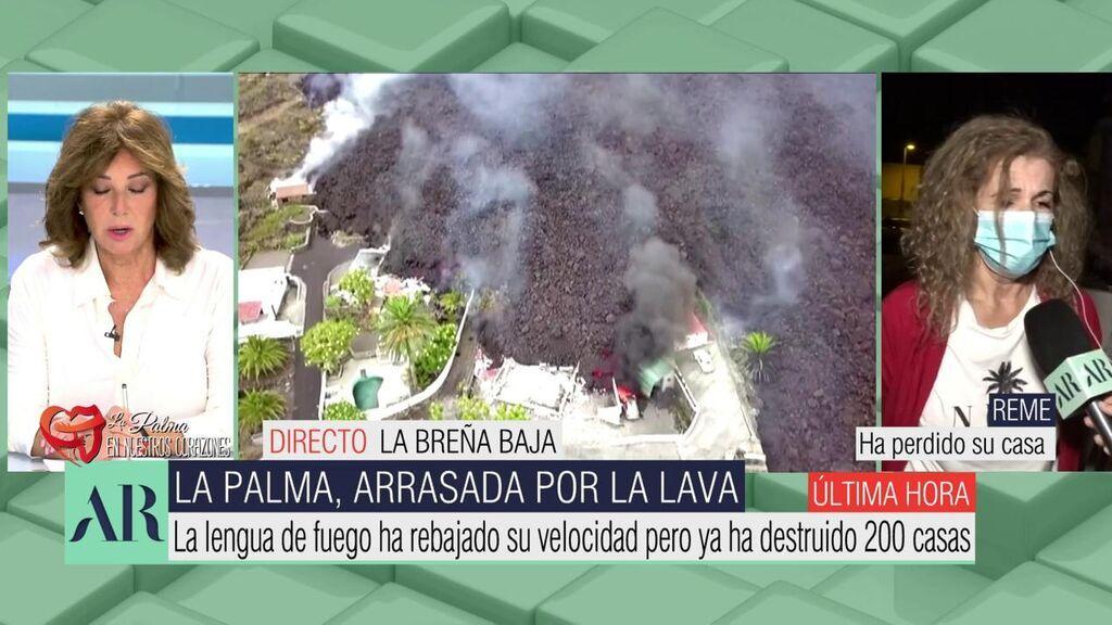 """Vecinos de La Palma que han perdido sus casas por el volcán: """"No se olviden de nosotros, somos trabajadores humildes"""""""