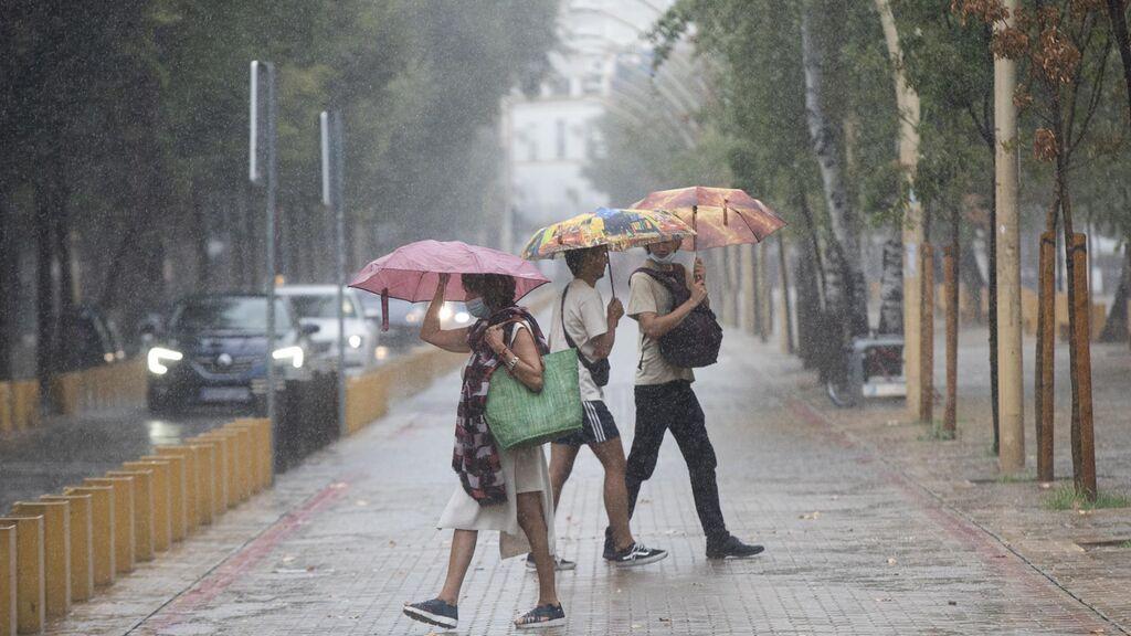 La Aemet prevé activar este jueves el aviso naranja por precipitaciones en Huelva y el amarillo en Sevilla