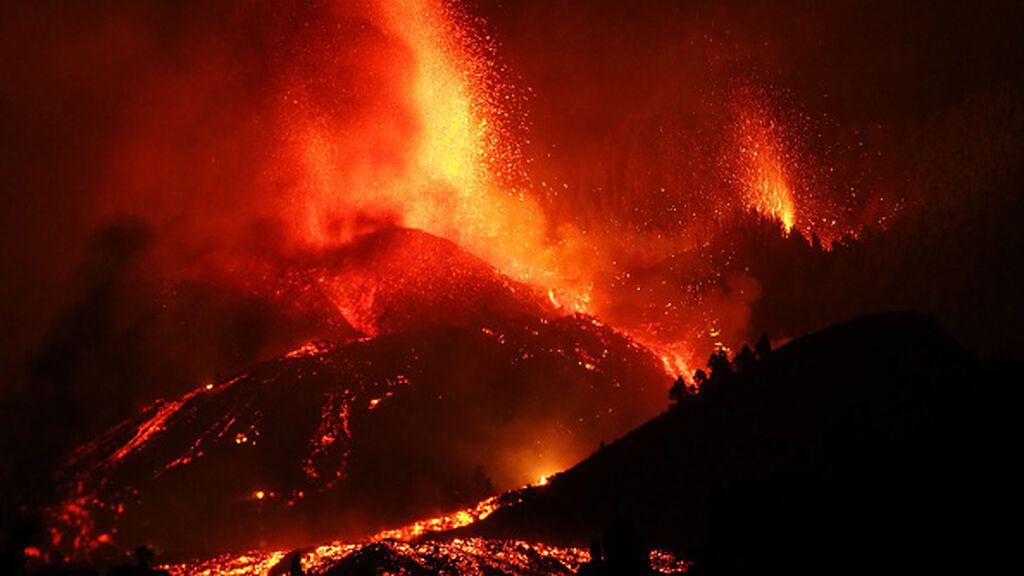 El volcán de Cumbre Vieja tiene nueve bocas de emisión, cuatro de ellas activas