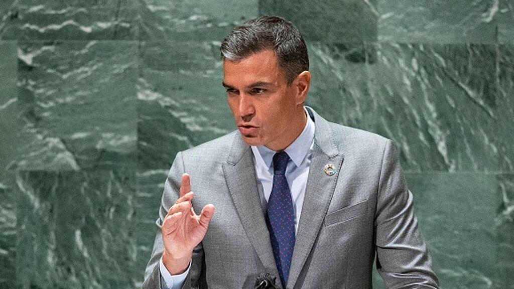 Sánchez promete donar 30 millones de vacunas y alerta ante la ONU de que la democracia está amenazada