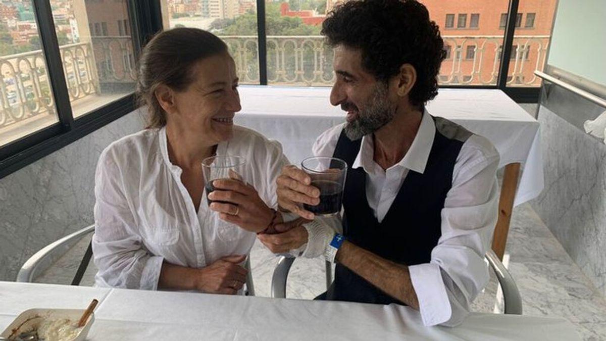 Un paciente ingresado del Hospital Vall d'Hebron (Barcelona) se casa con su pareja en el centro