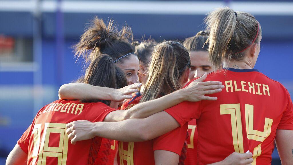 La UEFA impulsa el fútbol femenino: dobla los premios para las selecciones y apoyará con dinero a los clubes