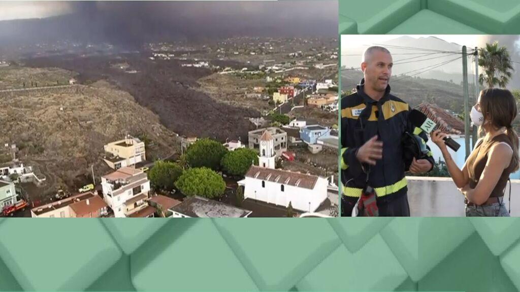 Los diques de contención para reconducir la lava, según el jefe de bomberos