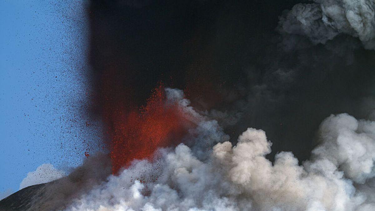 ¿Cuántos volcanes en erupción hay en el mundo?