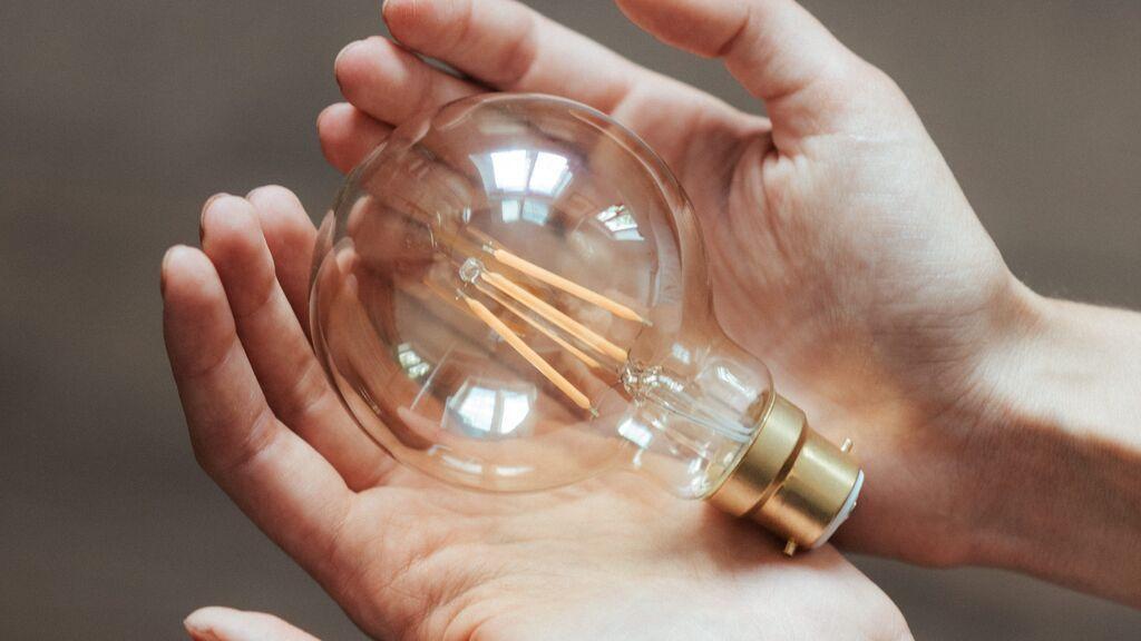 Cómo se fija el precio de la luz y quién lo fija