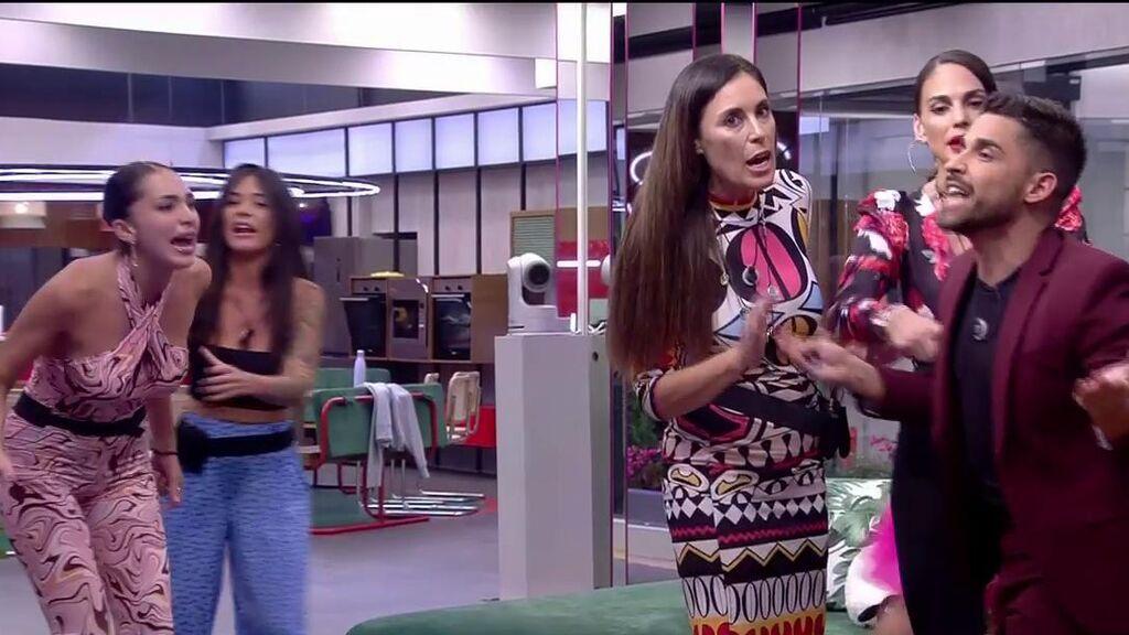 Se lía la monumental en la casa de 'Secret Story': Frigenti hace estallar a Sandra Pica