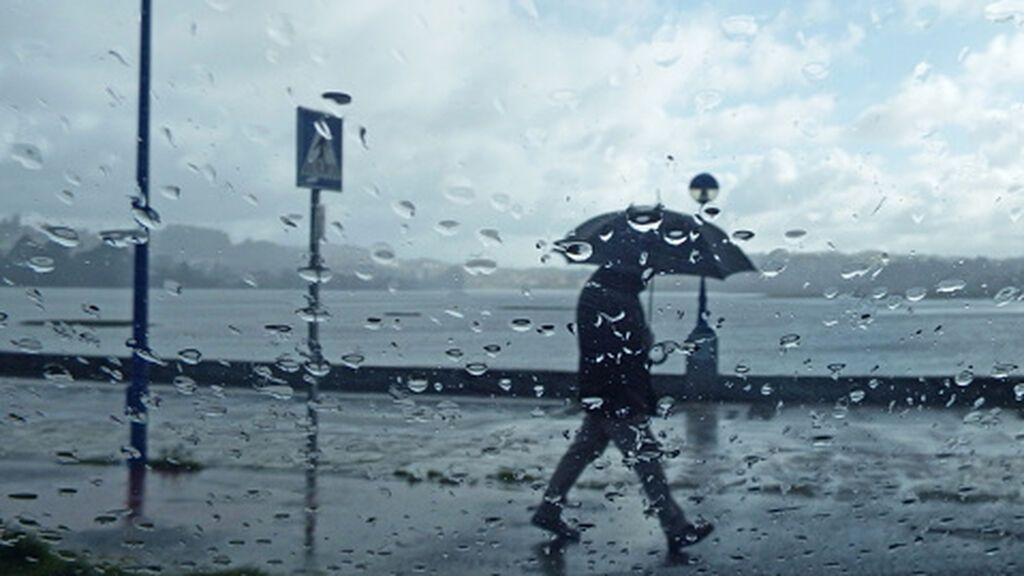 Lluvias en el norte por un frente: el tiempo que hará lunes en España