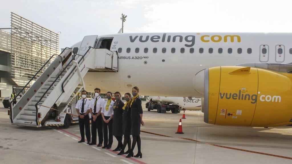 Vueling se suma a Iberia y Globalia y propone un ERTE para 4.000 trabajadores